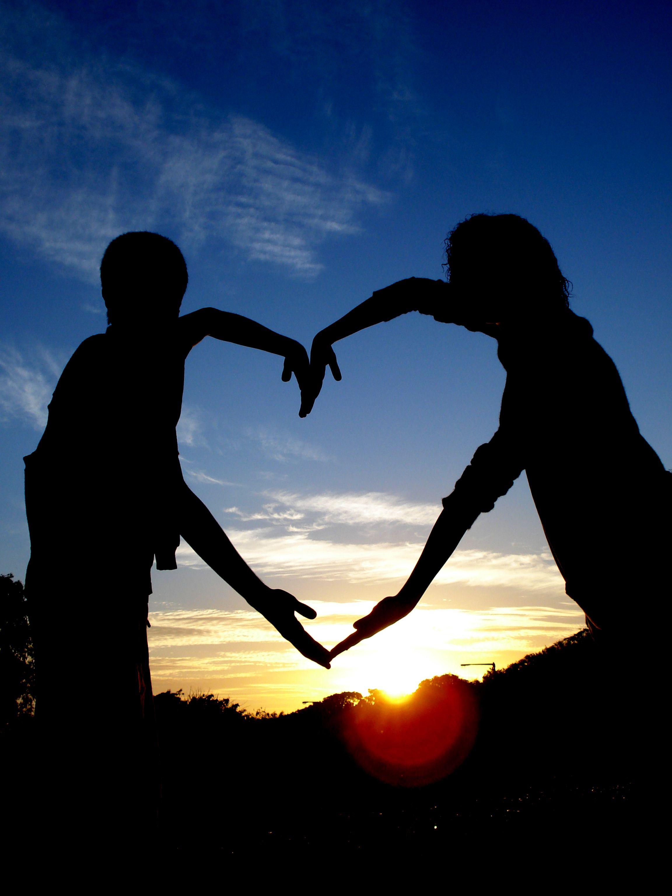 iubeste-i_pe_ceilalti_www.fiimplinit.ro